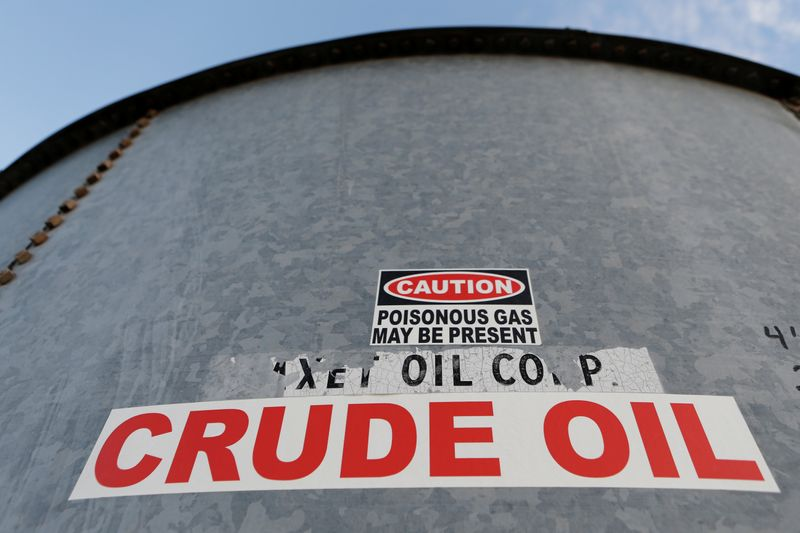 Estoques de petróleo dos EUA recuam por oitava semana consecutiva, diz AIE