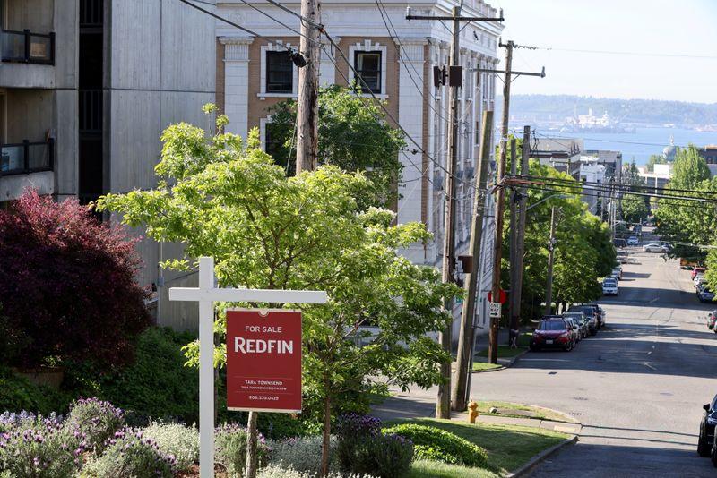 Vendas de moradias usadas nos EUA se recuperam moderadamente em junho