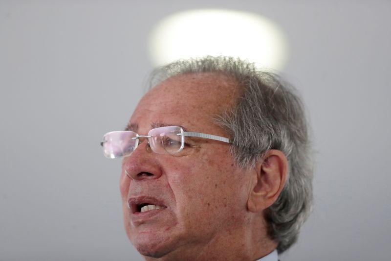 Mudanças ministeriais não ameaçam política econômica e vão reforçar sustentação no Senado, diz Guedes