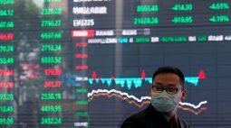 BOLSA ÁSIA-Ações de Hong Kong e China caem com temores sobre regulamentação, iuan cai