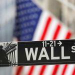Wall St fecha em queda com cautela antes de balanços e decisão do Fed