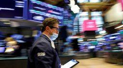 BOLSA EUA-S&P 500 e Dow sobem à medida que crescimento econômico dos EUA acelera