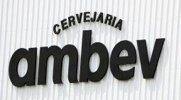 Lucro da Ambev atinge R$2,9 bi no 2º tri com volume recorde e crédito fiscal