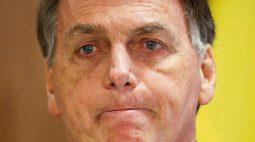 Bolsonaro diz que governo pode manter auxílio em 2022 se pandemia persistir