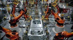 Crescimento do setor manufatureiro dos EUA desacelera em julho, mostra ISM