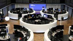 BOLSA EUROPA-Fusões e aquisições e fortes balanços empurram índice a nova máxima histórica