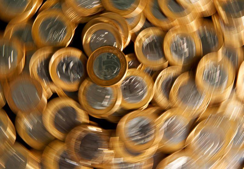 PEC do governo preverá fundo extra-teto para pagar dívida, precatórios e transferências a pobres