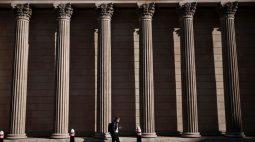 BC britânico estabelece planos para retirar estímulos da economia do Reino Unido