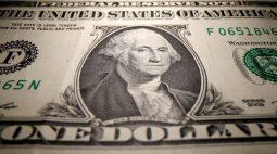 Dólar recua ante real após BC elevar Selic a 6,25%