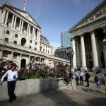 Ações europeias sobem pelo 3° pregão seguido; comentários do BC britânico pressionam FTSE 100