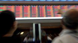 Ibovespa tem leve alta apoiado em ações de commodities