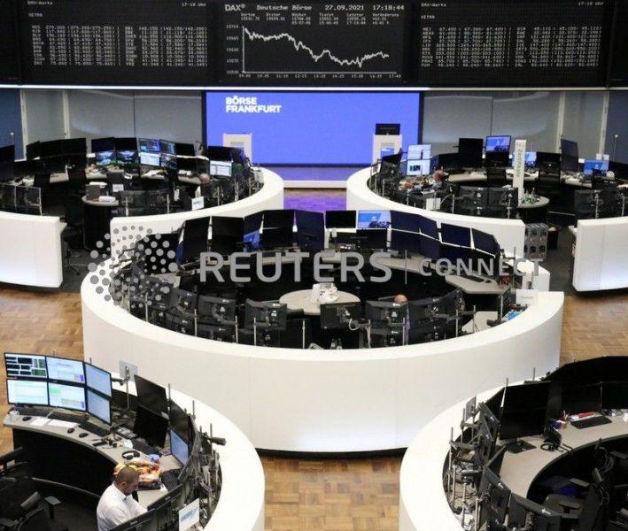 Índice europeu de ações fecha em queda, mas mercado alemão sobe com alívio sobre eleições