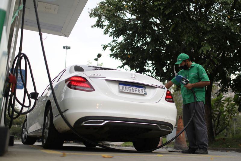 Estados apontam perda de R$24 bi com projeto que muda ICMS sobre combustíveis