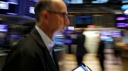 Wall Street termina em alta com apostas em temporada favorável de balanços