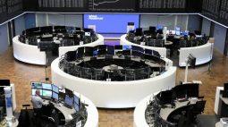 Índice europeu de ações tem leve alta com Nestlé compensando balanços de outras empresas