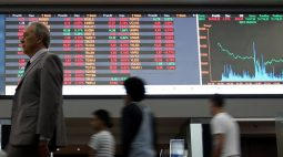 Risco-Brasil bate máxima em seis meses com mercados em pânico por fiscal