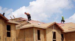 Vendas de novas moradias nos EUA atingem máxima em 6 meses; preço médio fica acima de US$400 mil