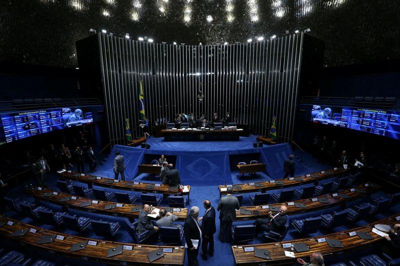Senado aprova PEC Emergencial em 1º turno