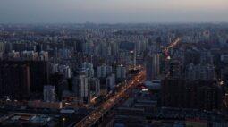 China determina meta modesta para crescimento do PIB e promete mais empregos