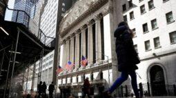 Wall St fecha em queda sob peso de ações de tecnologia