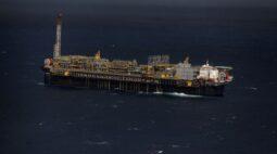 Petrobras amplia frota de sondas e planeja intensificar exploração