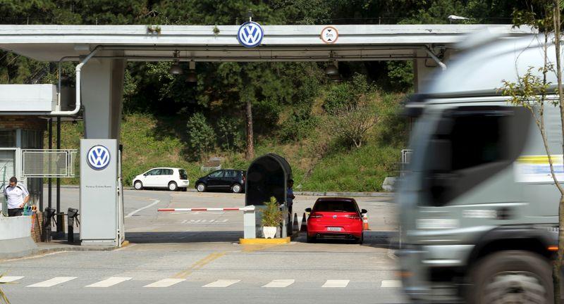 VW Caminhões e Ônibus lança banco digital para transportadoras e caminhoneiros