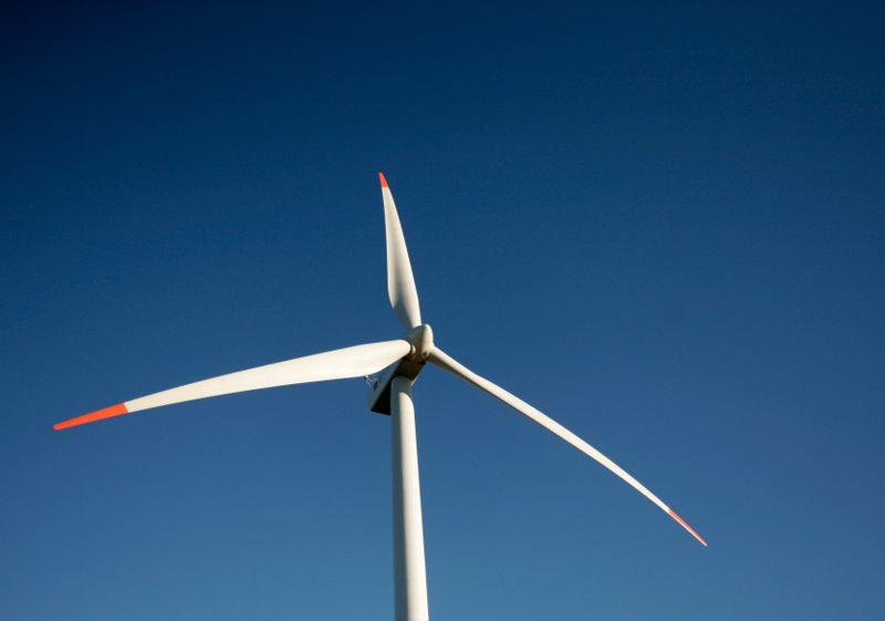 Brasil deve apresentar regras para eólicas offshore em 2021, diz ministro