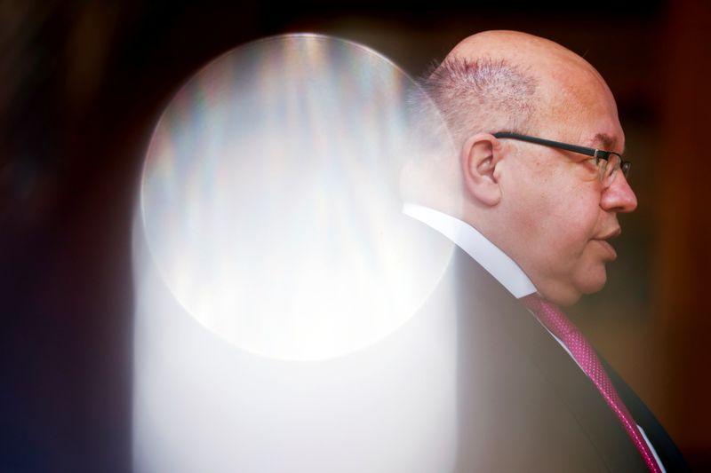 Economia alemã deve crescer entre 3,4% e 3,7% neste ano, diz ministro