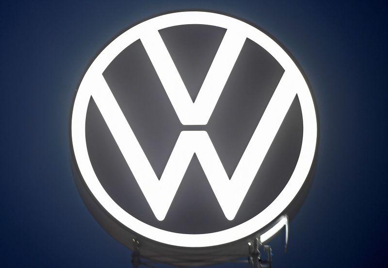 Volkswagen receberá US1 mi em acordo com ex-executivos relacionado a escândalo de emissões