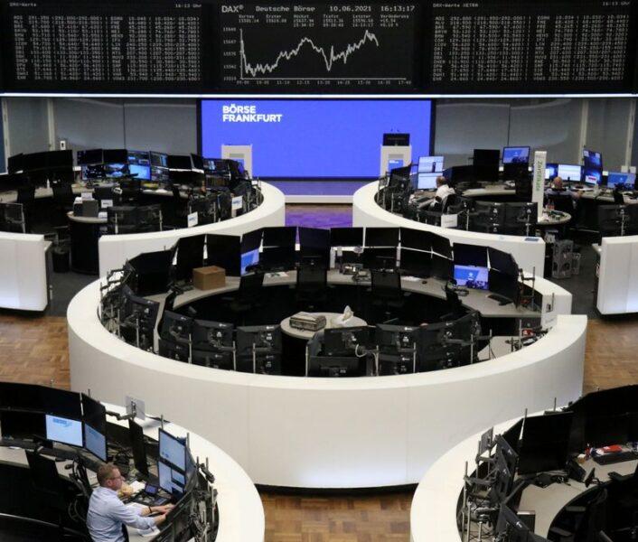 Ações europeias tocam nova máxima após BCE melhorar perspectiva de recuperação