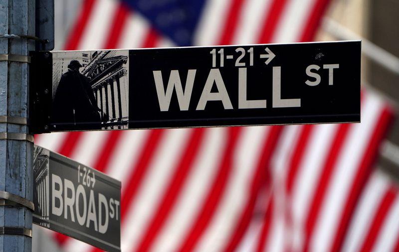 Wall Street tem leve alta com redução dos temores de inflação