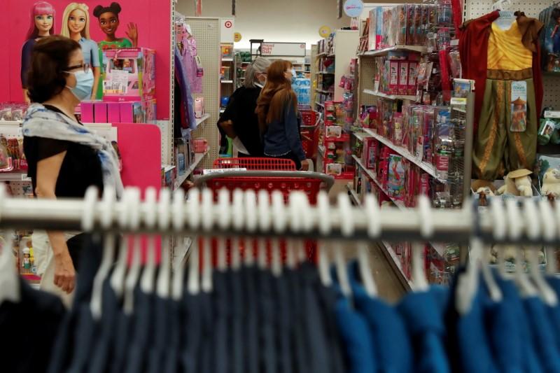Vendas no varejo dos EUA caem em maio; preços ao produtor sobem