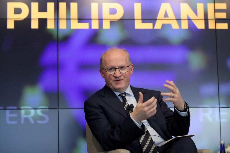 Lane, do BCE, diminui expectativas para reunião de política monetária em setembro
