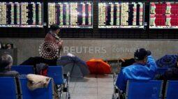 Ações da China têm 3ª queda semana por preocupações com valores altos e tensões com Ocidente