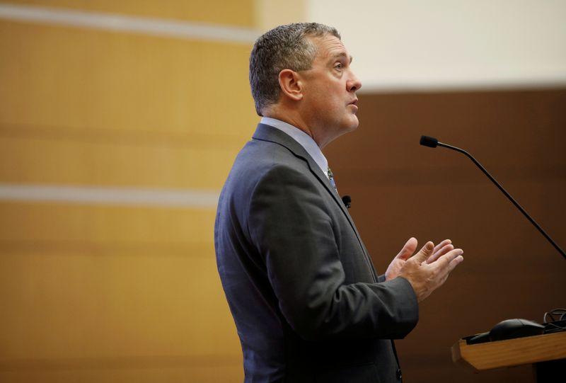 """Bullard diz que mudança """"hawkish"""" do Fed é resposta natural à inflação mais forte e ao crescimento"""