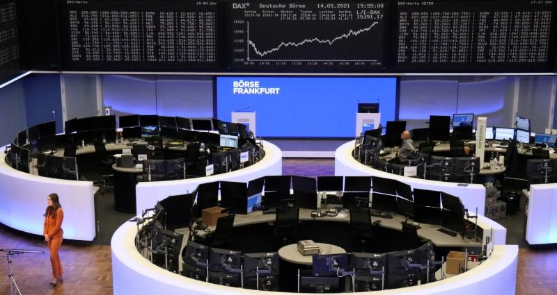 Mercados europeus fecham em baixa após declarações do Fed ampliarem perdas