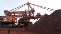 Futuros do minério voltam cair na China diante de investigação sobre preços