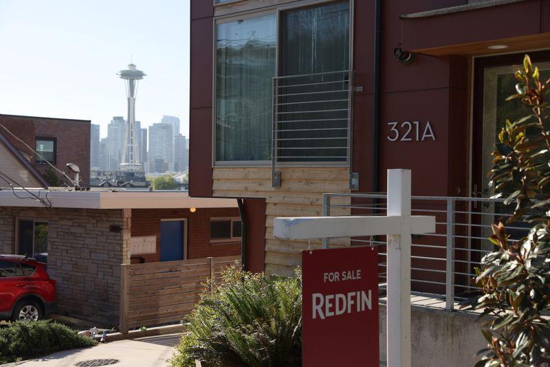 Vendas de moradias usadas nos EUA diminuem em maio com preços em níveis recordes