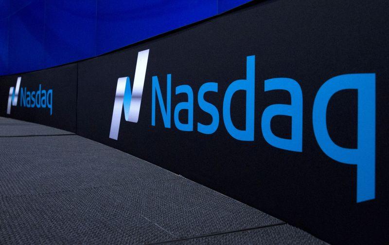 Futuros do Nasdaq tocam nova máxima antes de dados de auxílio-desemprego nos EUA