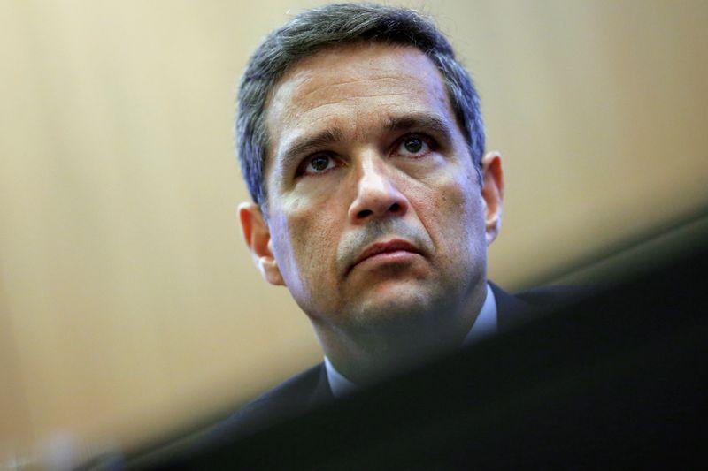 Juros terão de subir mais do que o previsto no Focus, indica Campos Neto