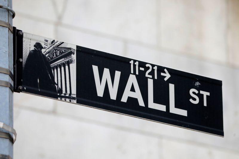 S&P 500 e Nasdaq tocam máximas recordes com impulso de tecnologia