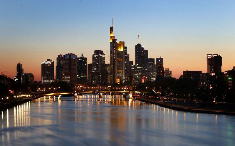 Sentimento do investidor alemão aponta para recuperação contínua apesar de queda