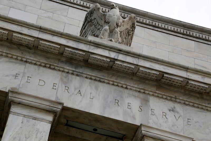 """Fed quer estar """"bem posicionado"""" para agir frente a inflação e outros riscos, mostra ata"""