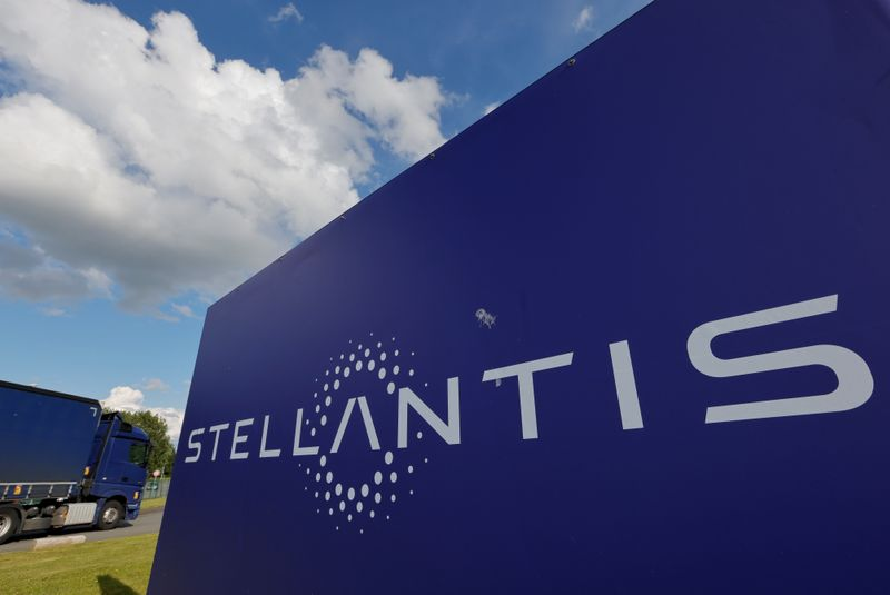 Stellantis faz aposta de 30 bilhões de euros em veículos elétricos