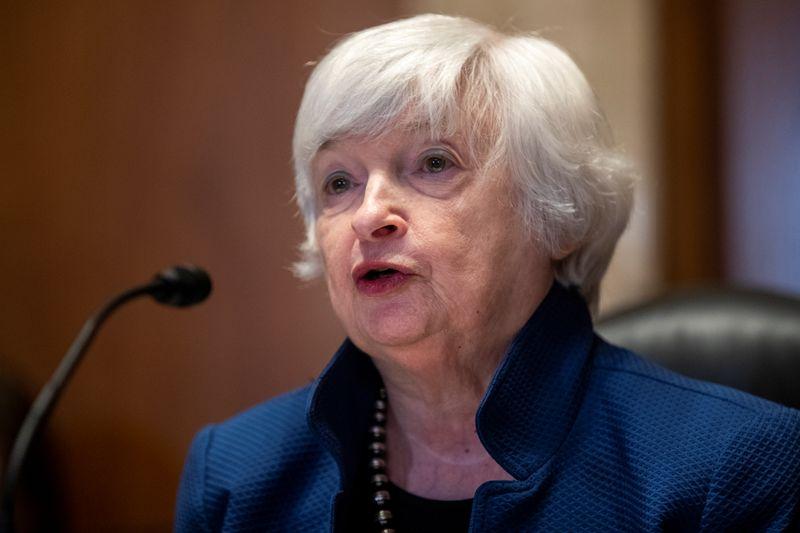 Yellen pede coordenação melhor na política de carbono