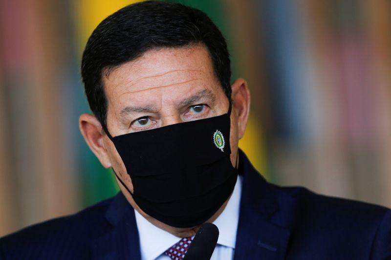 """Acordo Mercosul-UE parece que """"começa a fazer água"""", diz Mourão"""