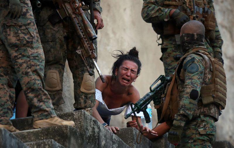 Disputa de facções aterroriza moradores e deixa mortos no Rio