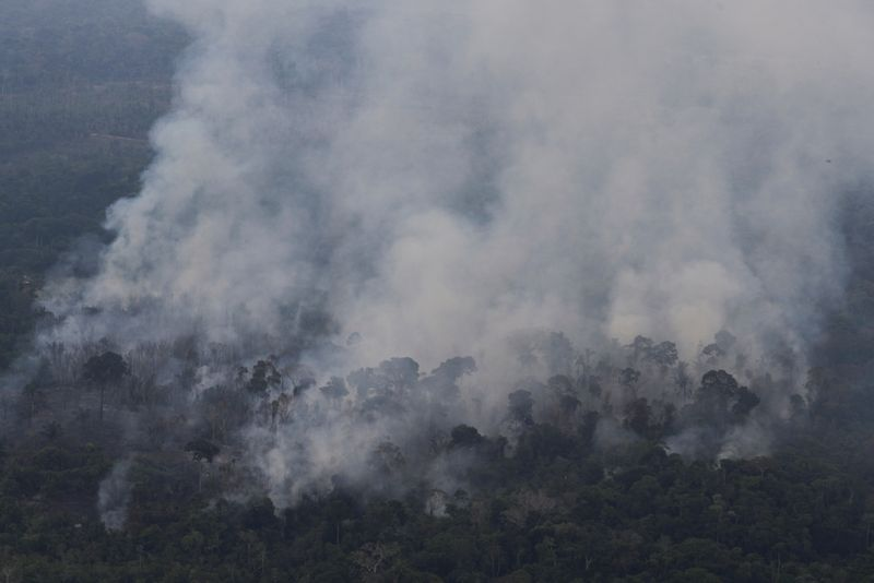 ANÁLISE-Compromissos ambientais do Brasil são genéricos e cumprimento não resolve impasse com europeus
