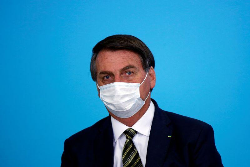 Bolsonaro está com cálculo renal e passará por cirurgia