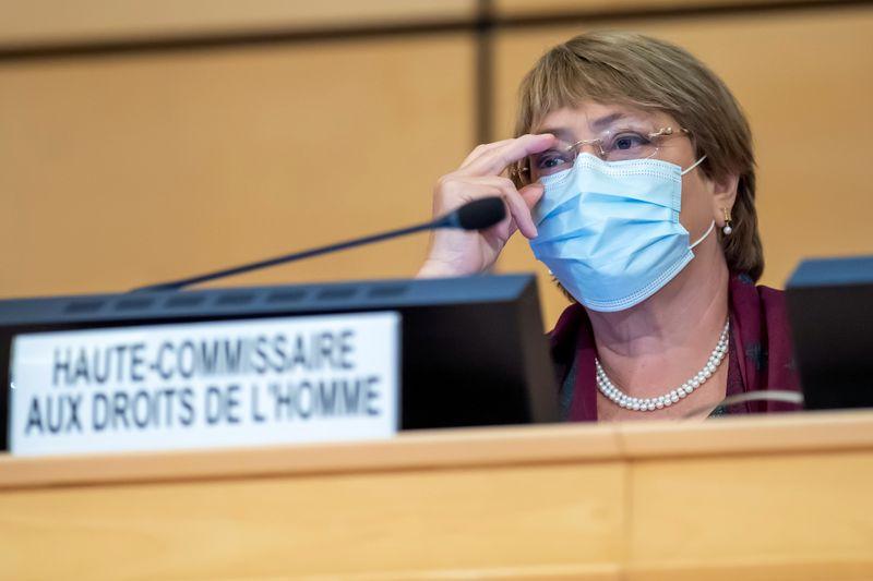Bachelet alerta para envolvimento de militares em assuntos públicos no Brasil e restrições à democracia